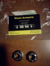 Draagarmmoer Nissan 01223-N2011