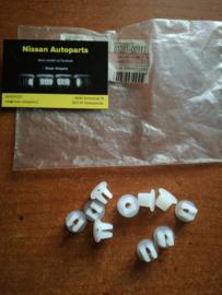 Bevestiging Nissan universeel 01281-00111