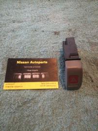 Alarmlichtschakelaar Nissan Micra K11 25290-72B02