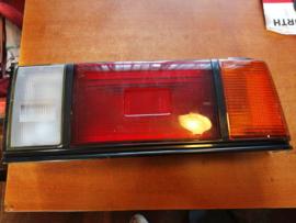 Achterlicht rechts Nissan Sunny B11 sedan 26550-03A10