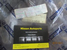Raamgeleiderubber Nissan Maxima J30 80331-85E10