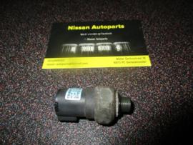 Drukschakelaar airconditioning Nissan 92137-3J100
