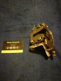 Deurslot linksvoor Nissan K11/R20 80503-4F165