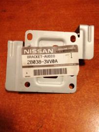Montagesteun audio Nissan Note E12. Rechts. 28038-3VV0A