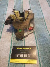 Deurslot linksachter Nissan Primera P11 / WP11 82503-9F511