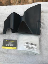 Luchtgeleidingsplaat radiateur Nissan NV200