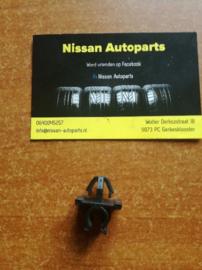 Hoedenplankklem Nissan 79915-M8201