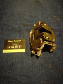 Deurslot rechtsvoor Nissan Micra K11 80502-4F165