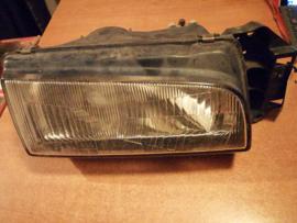 Koplamp rechts Mazda 323 Koito 110-61308R 1989 - 1994