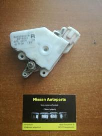 Deurslot mechaniek Nissan Almera N15 80552-89918
