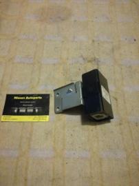 Control unit deurvergrendeling Nissan Bluebird T12/T72/U11 28451-89907