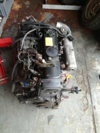 Motorblok CD20 + versnellingsbak Nissan Almera N15