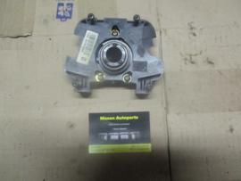 Stuurwielschakelaarhouder Nissan 25576-7F065