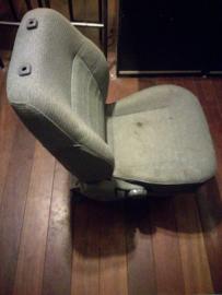 Bijrijdersstoel Nissan Sunny N14 87000-63C10