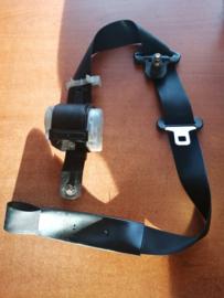 Veiligheidsgordelspanner linksvoor Nissan Sunny N14 86845-62C00