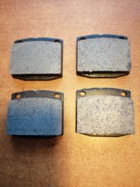 Remblokset vooras Datsun 41060-U6728 610/ B210/ S10/ S110