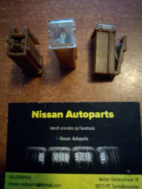 Zekering 25A Nissan 24370-89900
