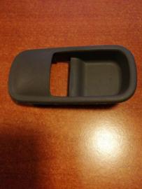Afdekkap deurgreephendel achterdeur Nissan Terrano2 R20 80682-0F010