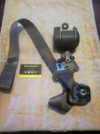 Veiligheidsgordelspanner rechtsvoor Nissan Micra K11  86844-4F110