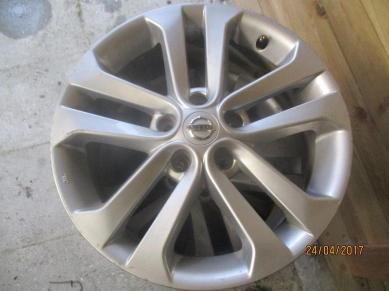 Set Aluminium Velgen 5 X 1143 17 Inch Origineel Nissan