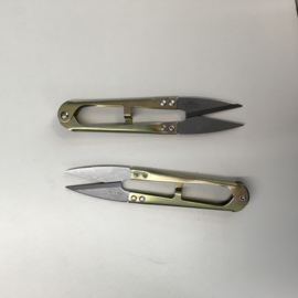 Golden hand shears for professional use