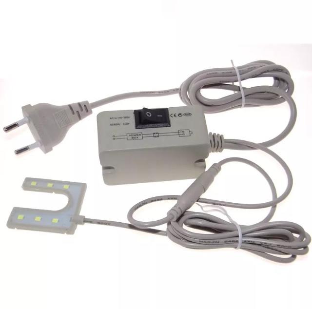 LED Lamp met magneet voor naaimachines 1