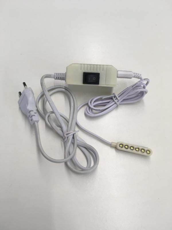 LED Lamp met magneet voor naaimachines 3