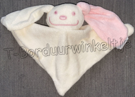 Tutpoppetje konijn Blush geborduurd met naam