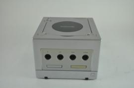 Gamecube console (Pearl)