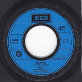 2e Hands Vinyl Singles