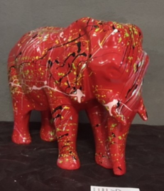 kunst beeld olifant spetter/dripping rood
