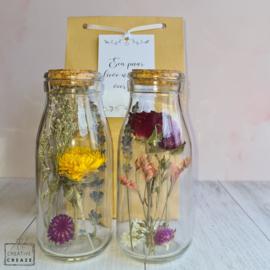 Droogbloemen in flesje - met keuze uit vijf wenskaartjes
