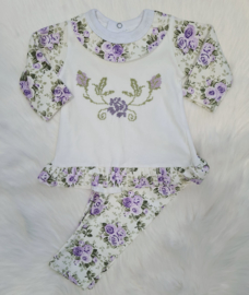 Boutique Lila Flower Handmade