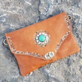 Clutch nomade cognac - turquoise steen