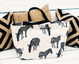 Tote Zipper L - Zebra Natural / Zwart