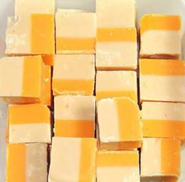 Fudge mango yoghurt