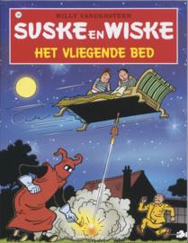 """""""Suske en Wiske 124 - Het vliegende bed"""" Suske & Wiske , Willy Vandersteen Serie: Suske en Wiske"""