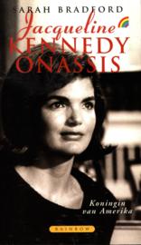Jacqueline Kennedy Onassis koningin van Amerika , Sarah Bradford Serie: Rainbow paperback