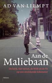 Aan de Maliebaan NSB, SS, kerk en verzet op een strekkende kilometer , Ad van Liempt