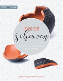 Leven met scherven informatie- en verwerkingsboek bij echtscheiding Auteur: Anje Slootweg