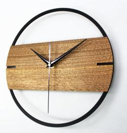 Wandklok kunststof met hout