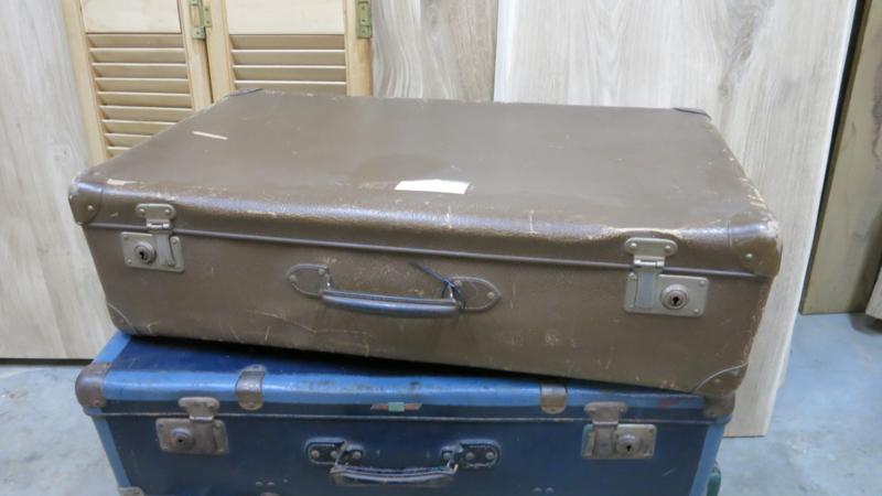 Bruine retro reiskoffer