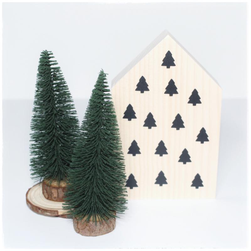Houten huisje met boompjes | Kerst