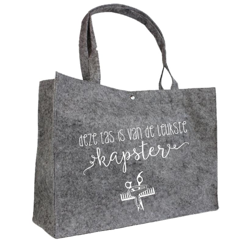 Deze tas is van de leukste kapster | vilten tas