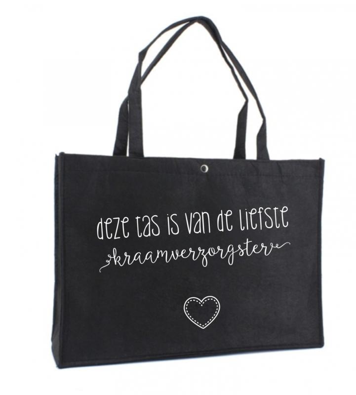Deze tas is van de liefste kraamverzorgster | vilten tas