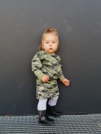 Camouflage sweater en rok