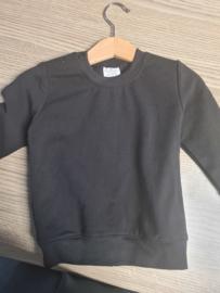 Zwart basic sweater