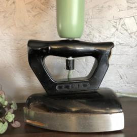 Vintage strijkijzer als lamp