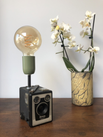 BROWNIE C camera lamp