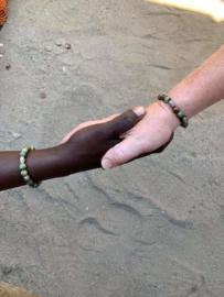 "Kralenarmband  voor ""Joining Hands"" groen Opaal ""Malawi 2019"""